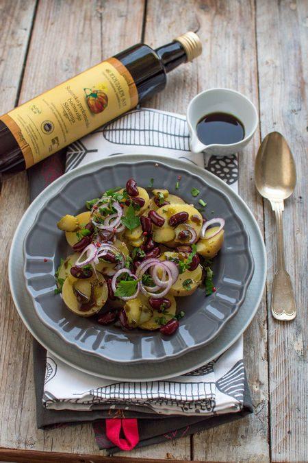 Sałatka ziemniaczana z olejem z pestek dyni